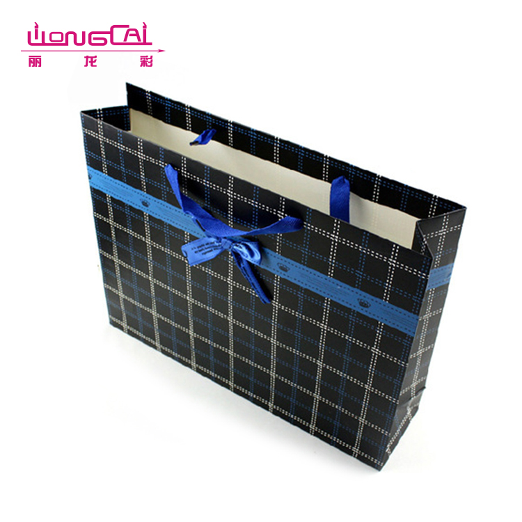 2017 new high quality black plaid design luxury door gift paper bag with ribbon bow