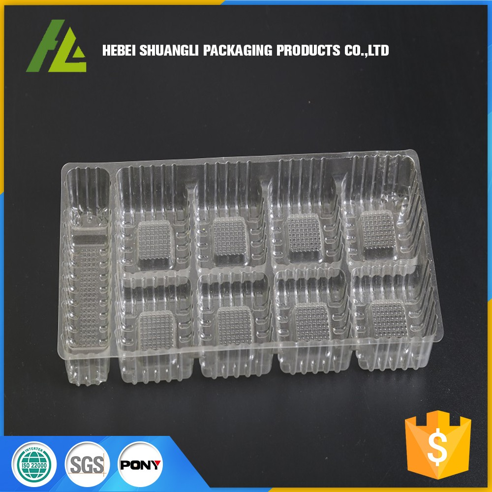 Transparent plastic cake tray with divided
