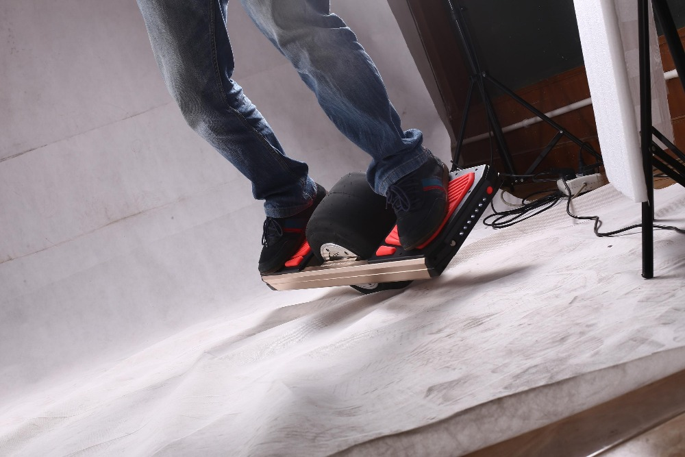 New design electric hover board single wheel smart electric scooter one wheel skateboard