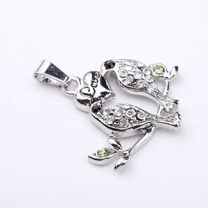 Yiwu jewelry inlay crystal two love birds romantic necklace pendant