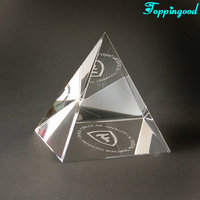 Customized Words Crystal Trigagle Paperweight For Wedding Souvenir