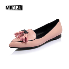 wholesale pointed toe slip-on sweet tassels leather shoes 2017 ladies flats