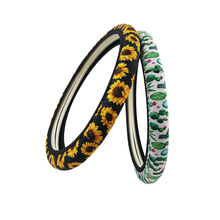 Anime Ridurre I Neoprene Materiale <span class=keywords><strong>Del</strong></span> Fiore <span class=keywords><strong>Del</strong></span> Leopardo Della Banda Personalizzata <span class=keywords><strong>Copertura</strong></span> <span class=keywords><strong>del</strong></span> <span class=keywords><strong>Volante</strong></span> Dell'automobile