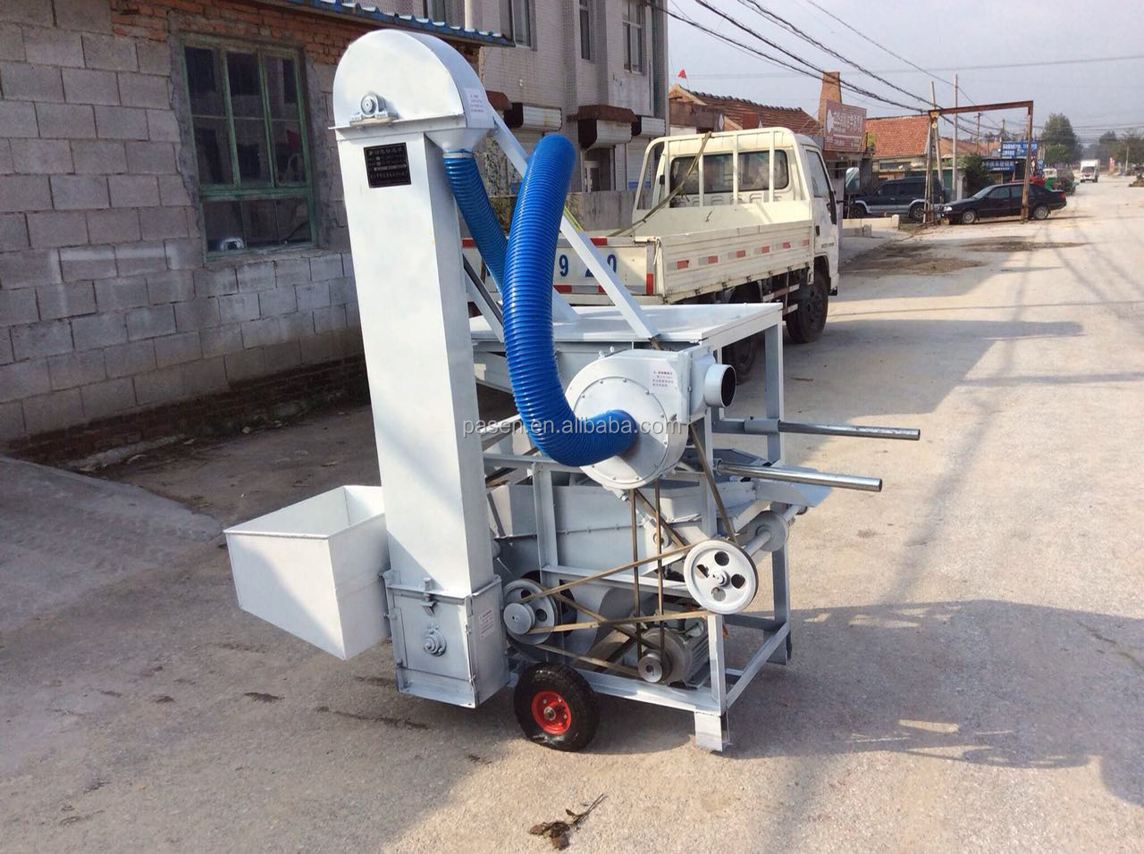 Hot selling Soybean wheat,paddy,rice ,maize seed sorting grain screening machine