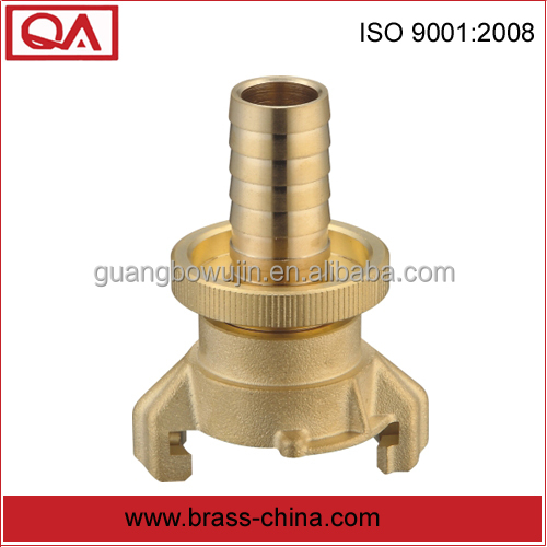 "heavy-duty 3/4"" brass quick hose coupler with rubber gasket"