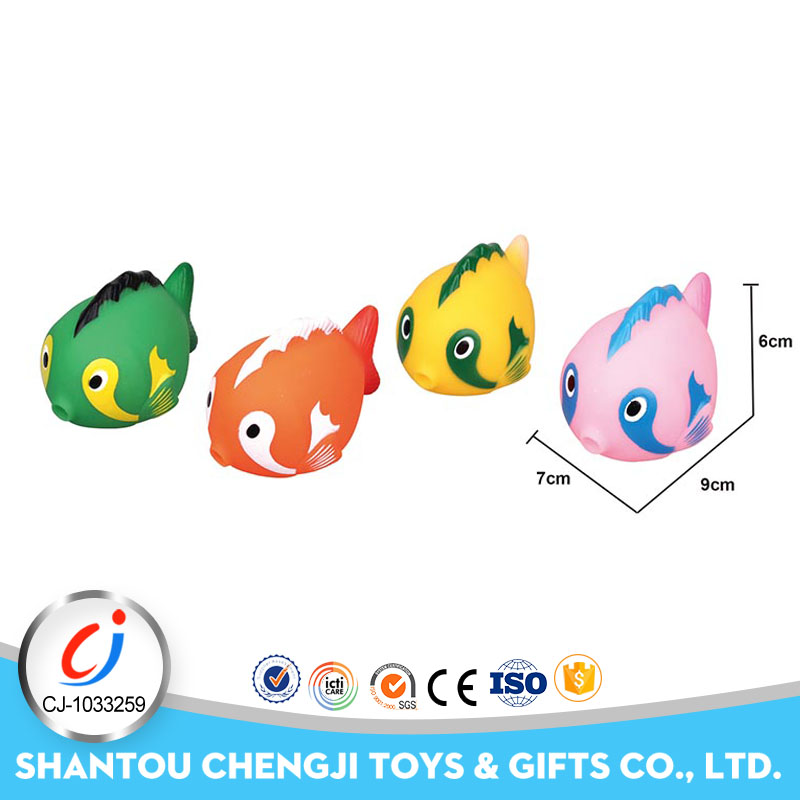 Hot popular bathing soft toy swimming fish with BB sound