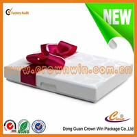 Guangzhou elegant packaging box wedding favors