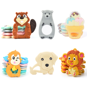 2018 Promotion New Design Silicone Teething Silicone Baby Teether & Baby Clip Wood Dummy