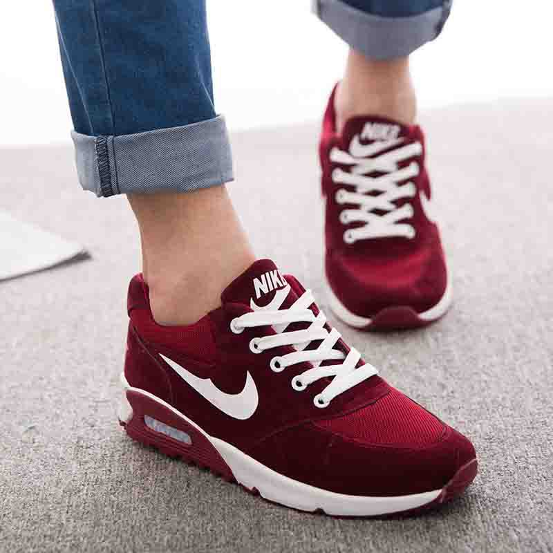 Latest Sports Shoes For Ladies