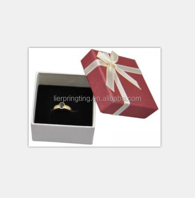 Custom delicate jewellery paper gift box for display