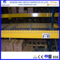 Wire decking shelving for pallet rack decking 3 channel 4 Channel inside waterfall