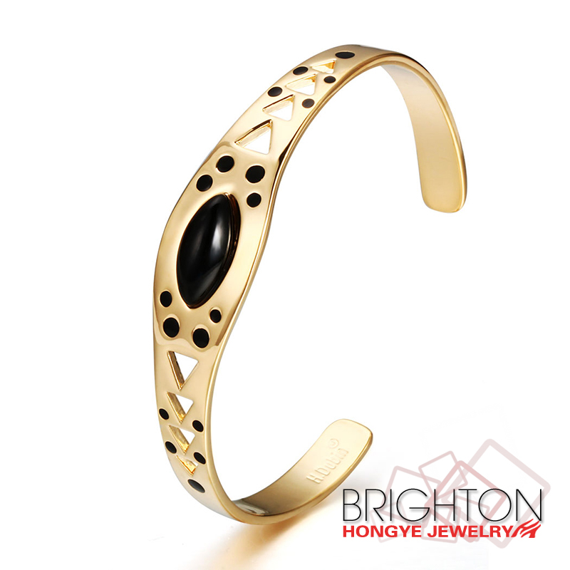 3-0762-4660 Gold Plated Hollow Carved Magnetic Copper Cuff Bracelet For Women