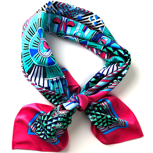Wholesale Fashionable New Design Print Custom Pattern Small Square Hair Silk Scarf For Woman Lady Girl