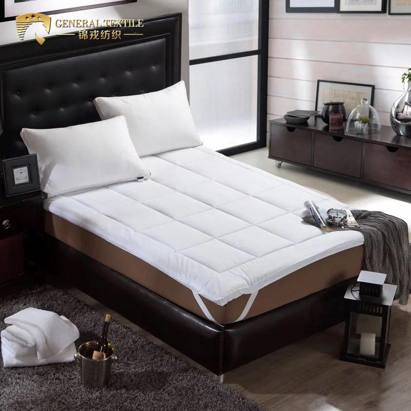 Hot sale soft Goose down cheap mattress topper