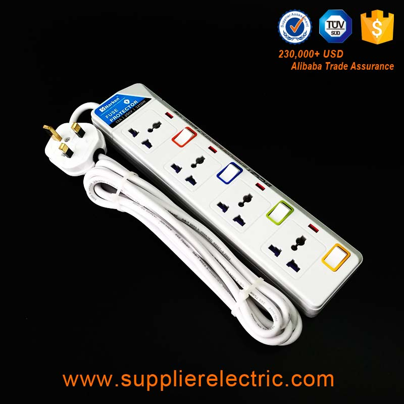 Hot Sale 4 Gang Switched Power Strip Universal Extension Socket with Switch