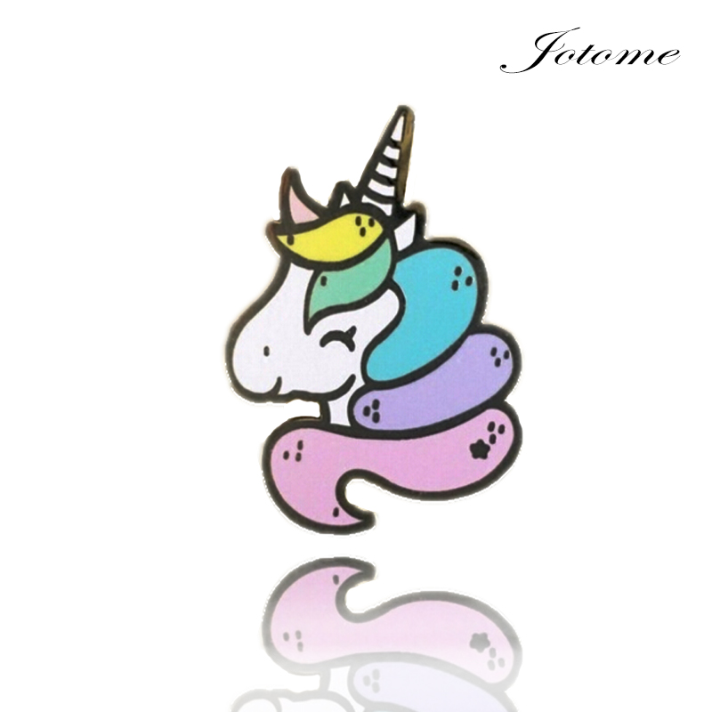 Wholesale Charming Animal Horse Brooch Gold Plated Flying Horse Brooch cute unicorn brooches