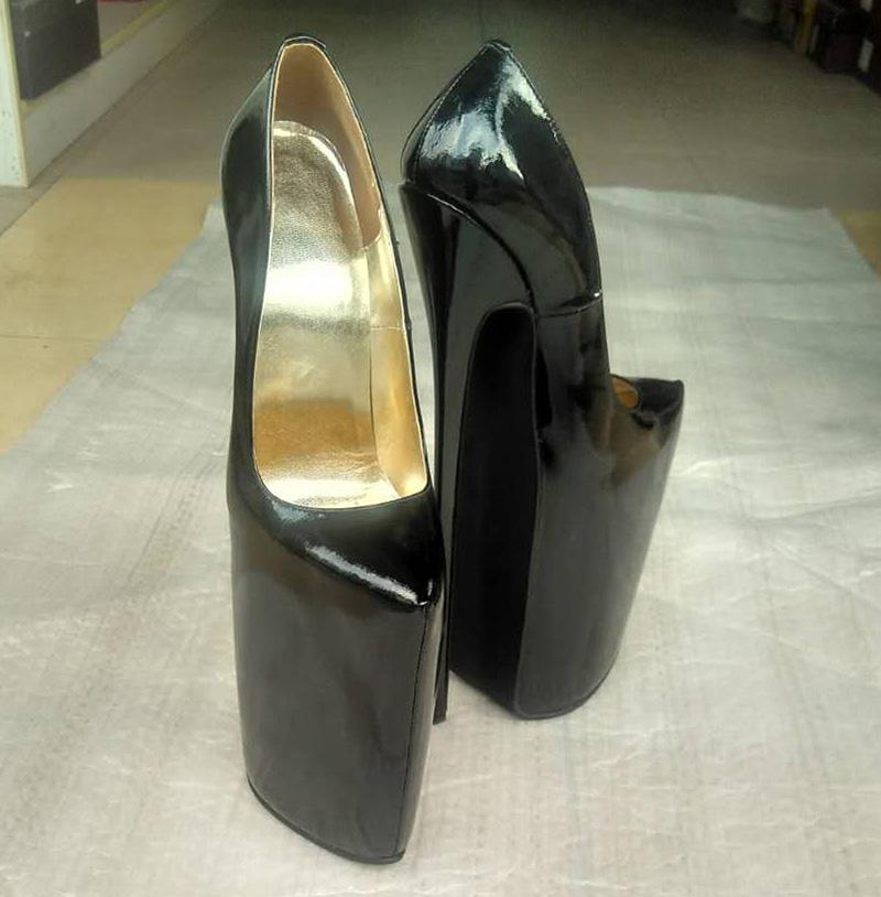 30 Cm High Heels