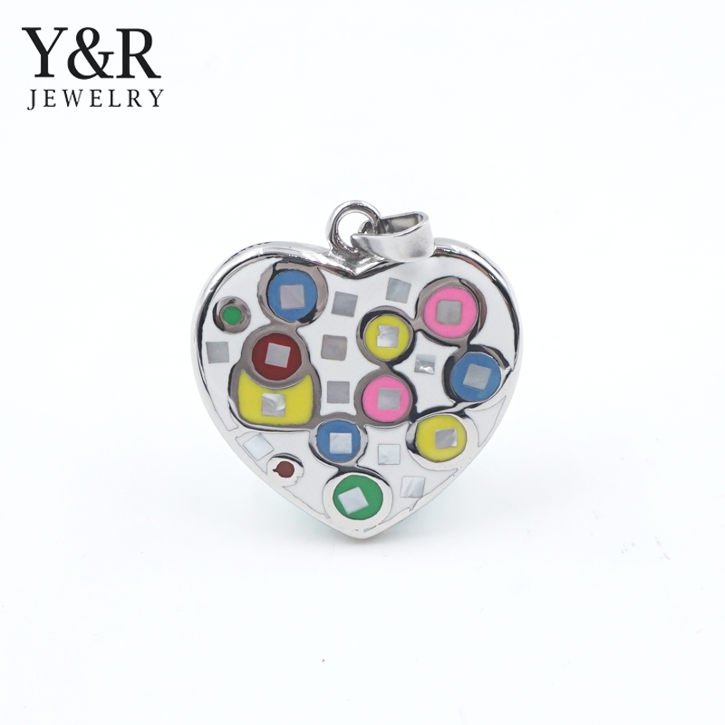 Wholesale Fashion Heart Charms Colorful Epoxy Pendant necklace