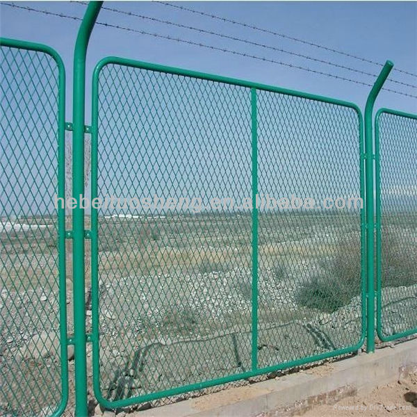Wire Mesh Fence Designs For Boundry Wall With Pvc Coated Diamond ...
