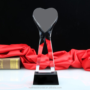 Unique Heart Shape Design Blank Engravable Crystal Trophy Award