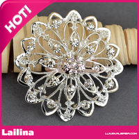 Sparkling Silver Tone Rhinestone Metal Brooch For Invitation Cards
