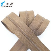 China supplier factory price jackets jeans nylon zipper coil zips in rolls