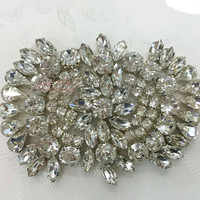 Factory wholesale pearl rhinestone embellishments for headbands