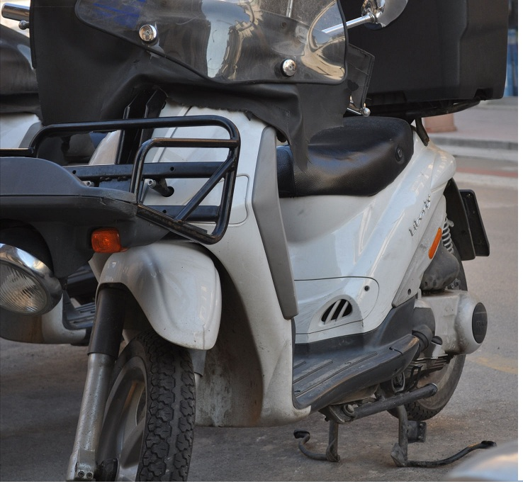 used piaggio liberty 125 delivery ex-italian post - buy scooter