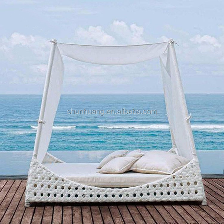 Rattan Daybed With Canopy, Rattan Daybed With Canopy Suppliers and ...