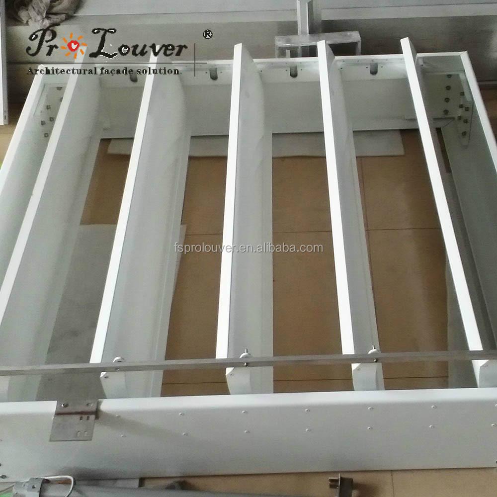 Pergola de aluminio apertura motorizada techo de lamas for Lamas aluminio techo