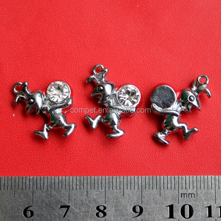 Wholesale Pendant Shrimp Soldiers Shape Zinc Alloy Hanging Charms with One Rhinestone