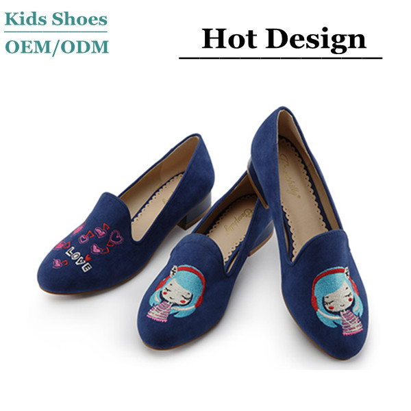 Guangzhou kids shoes factory custom slip-on fashion loafers Embroidery pattern shoes