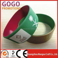 fashion style chapest famous factory price Silicone Wristbands bracelets,company name and your website silicone wristband