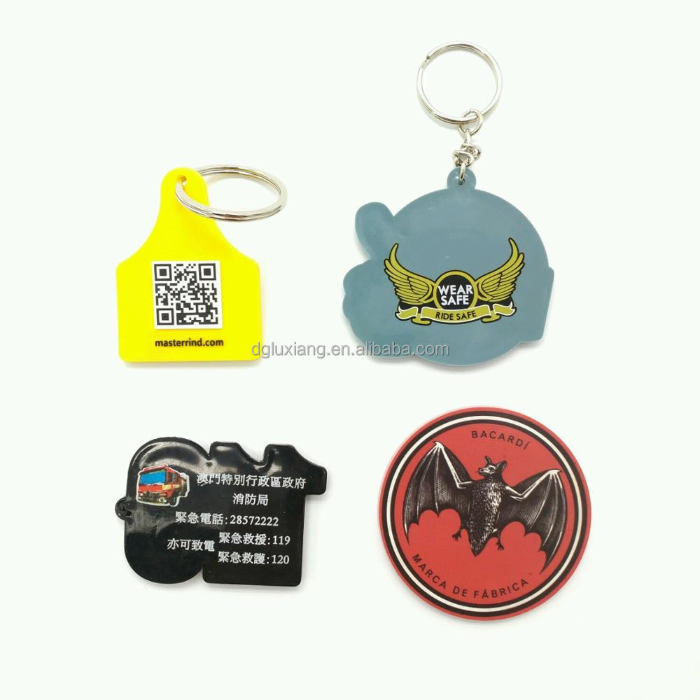 good look and customized pvc keyrings, rubber keychains/soft pvc keychain