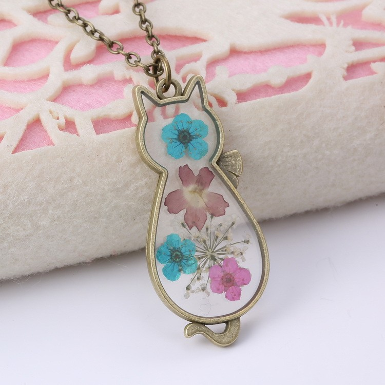 Exquisite creative cat shaped crystal glass pressed flower necklace exquisite creative cat shaped crystal glass pressed flower necklace diy dried flowers pendant necklace jewelry mozeypictures Choice Image