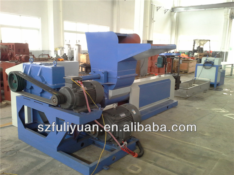 Machine for EPE foam recycling