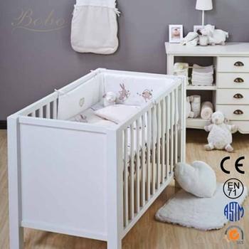 Nursery Lecho Del Pesebre Del Lecho Del Bebé Del Pesebre Establece ...