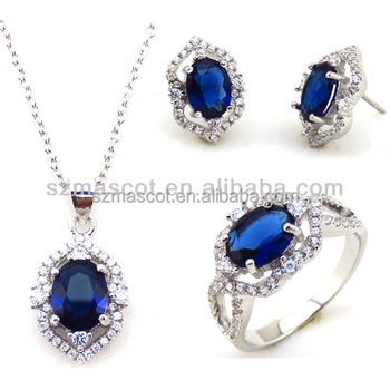 73e69fe93cc6 Hermoso diseño varios colores disponibles vuelos de cristal anillo colgante  pendiente conjunto