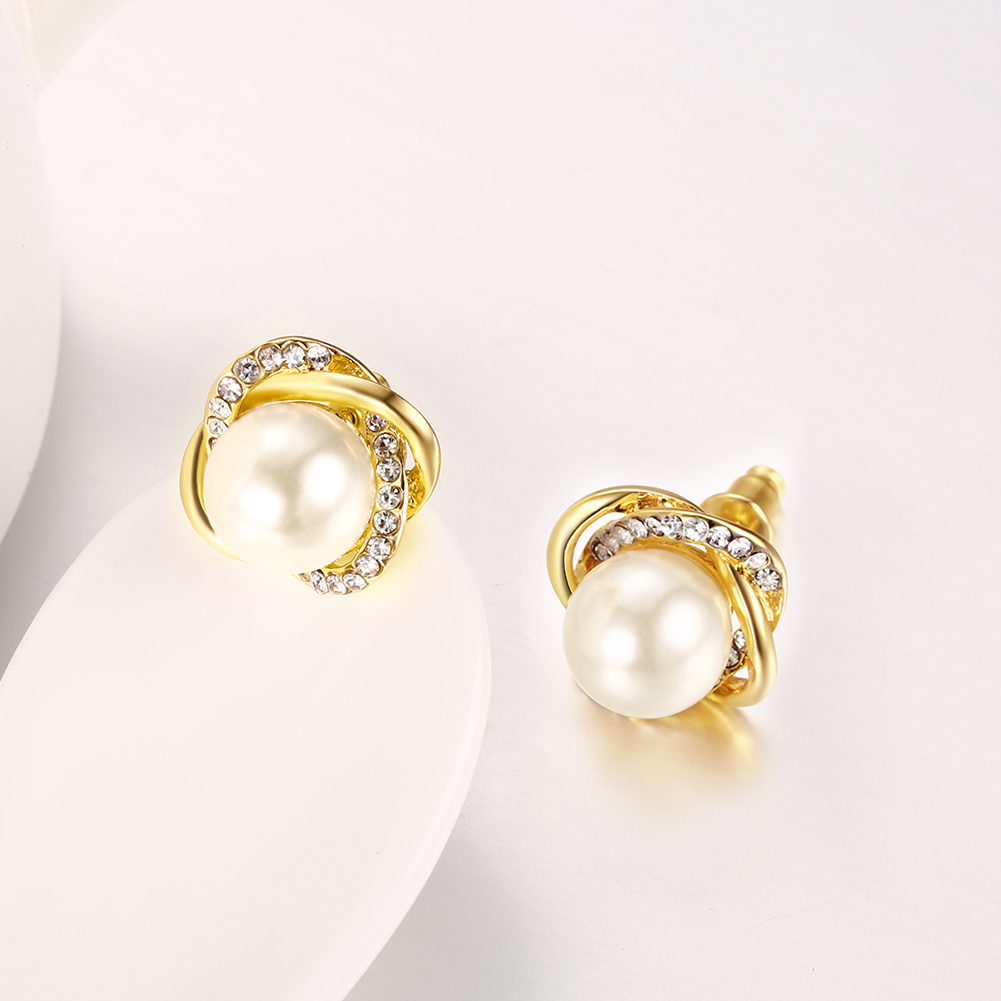 Hot Selling Fashion Copper Women Jewelry Pearl Stud Earring
