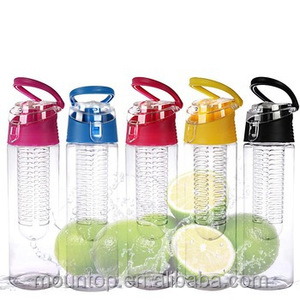 700ml plastic fruit infuser flavor water bottle with flip drink cap and strap, easy to carry, BPA free
