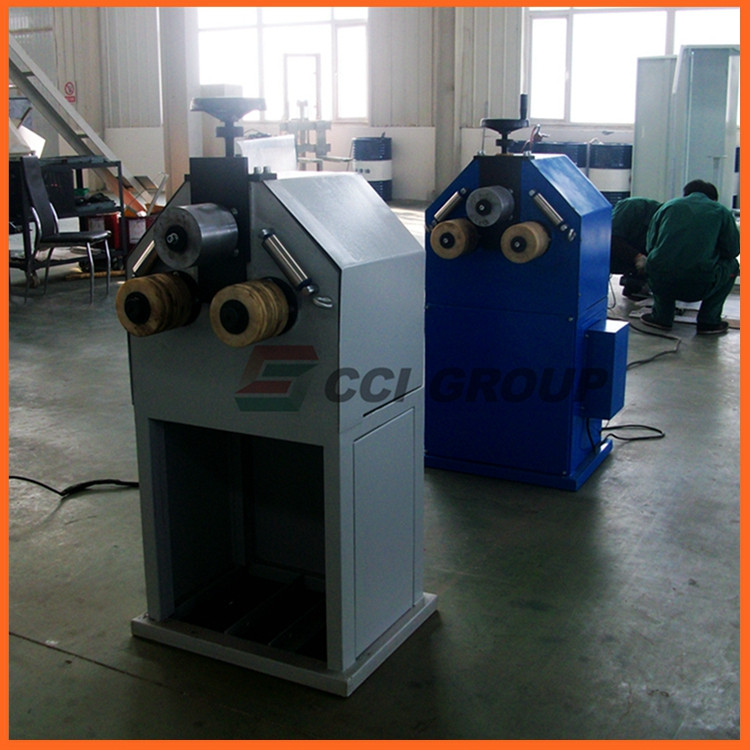 10. aluminum window bending machine.jpg