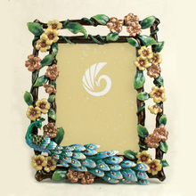 Wholesale zinc alloy peacock style hot sexy free online photo frames sixy photo/picture frame
