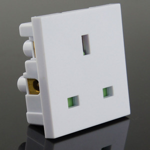 England 3-pin plug socket/UK snap-in socket/uk electrical socket