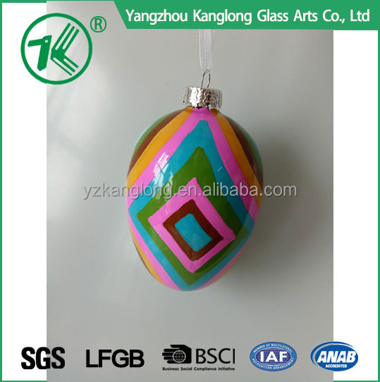 Custom sizes and design hanging shatterproof glass christmas tree ornaments with best quality and low price