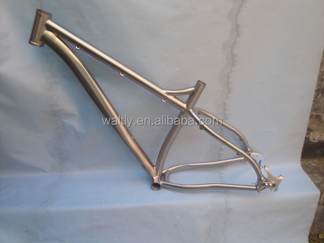 "Truss Waltly News 26"" titanium fat bike frame"