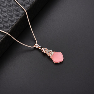 New Coming Gold Snake Chain Choker Pink Opal Pendant Jewelry Crystal Beaded Geometric Floating Charm Necklace