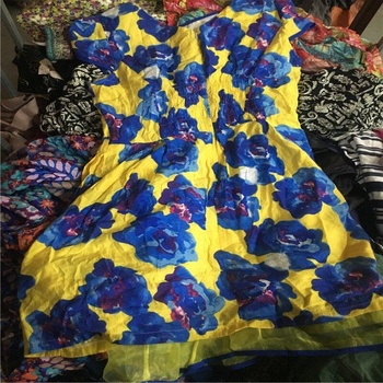 all kinds of wholesale clothing south africa used clothing and used shoes in bulk