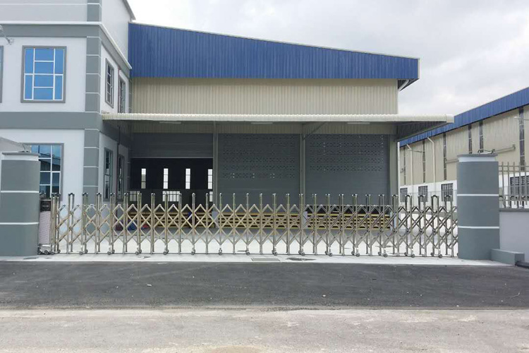 Automatic Stainless Steel Folding Sliding House Gate Grill Design