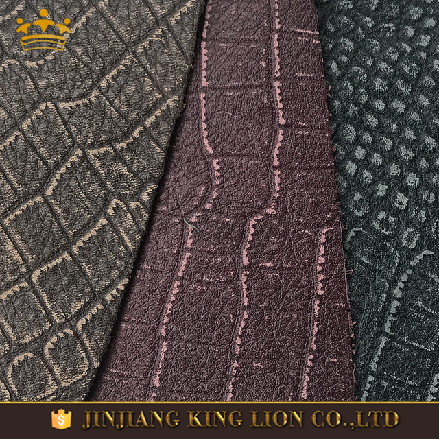 Embossed cow <strong>leather</strong> skin with snake pattern
