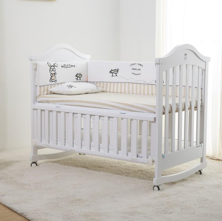 Amerikanisches Babybett